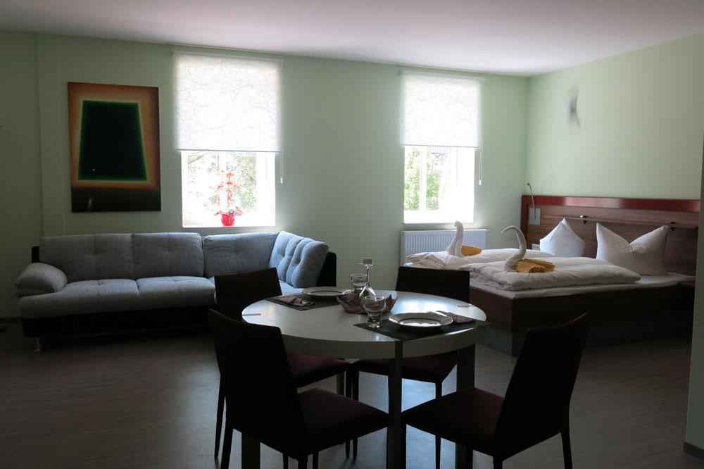 Apartment_2930.jpg